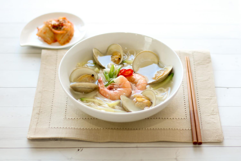 Seafood Kalguksu Noodle Soup 1
