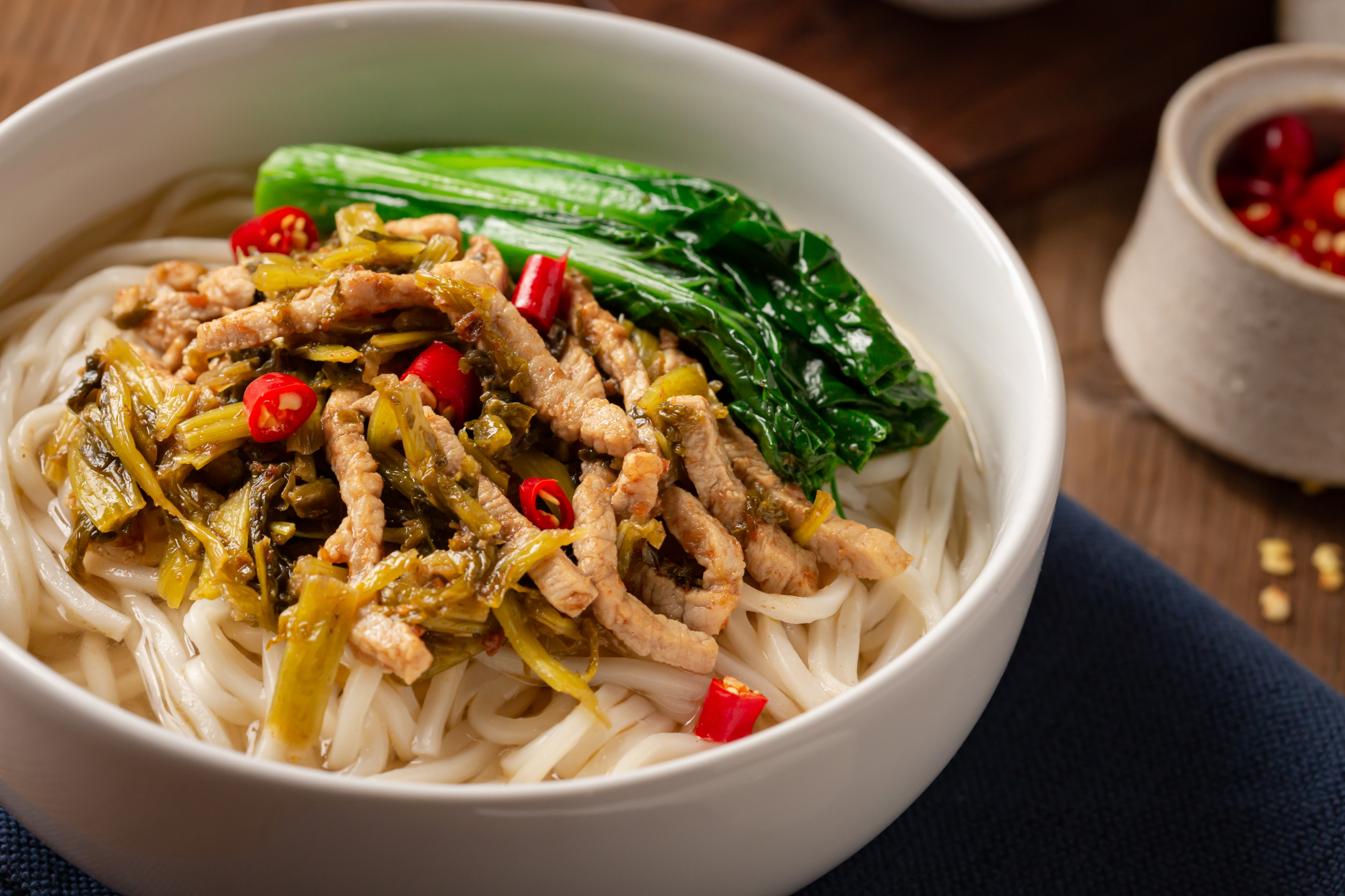 Preserved vegetables with Shanghai Noodle Thin 1